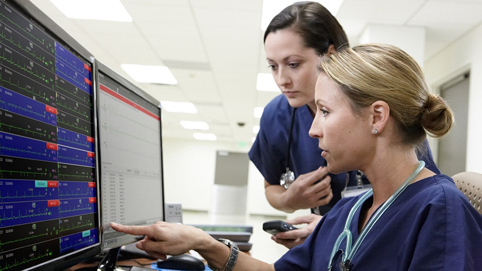 Clinicians audit alarm signals